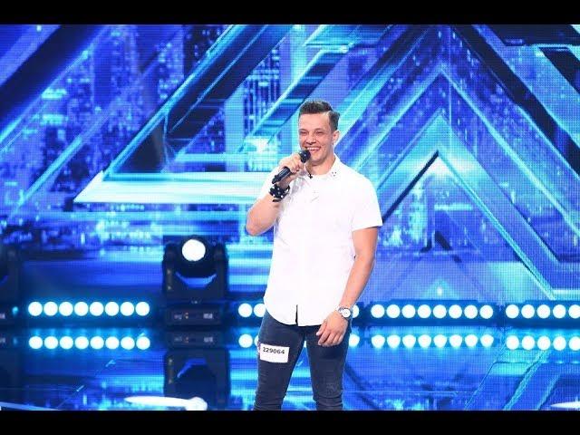 Ed Sheeran - Galway Girl. Vezi aici cum cântă Vlad Gliga, la X Factor!