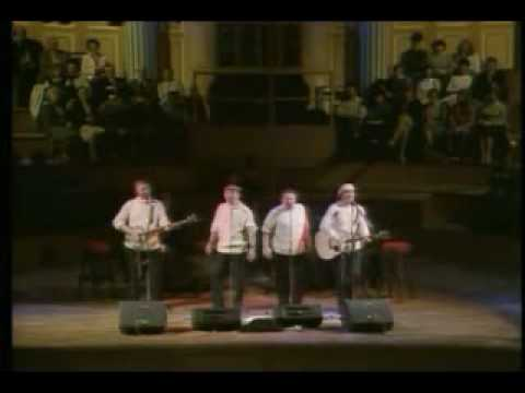 The Clancy Brothers And Tommy Makem - Irish Rover