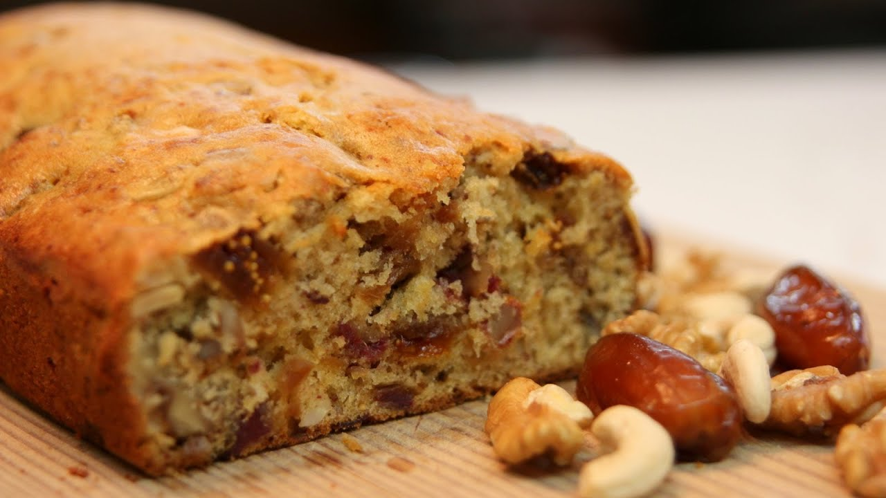 Easy Fig And Date Cake