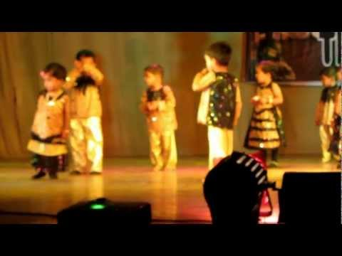 Gayatri Samjiskar First Stage Performance From Her Play Group's video