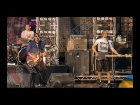 RazorLight - In The Morning | Live @ T in the Park 2009  (HQ)