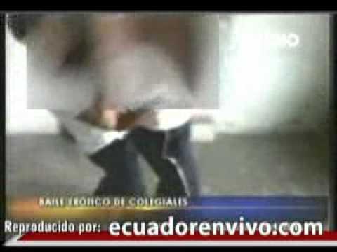 Video capta nuevas imágenes de colegiales realizando bailes eróticos
