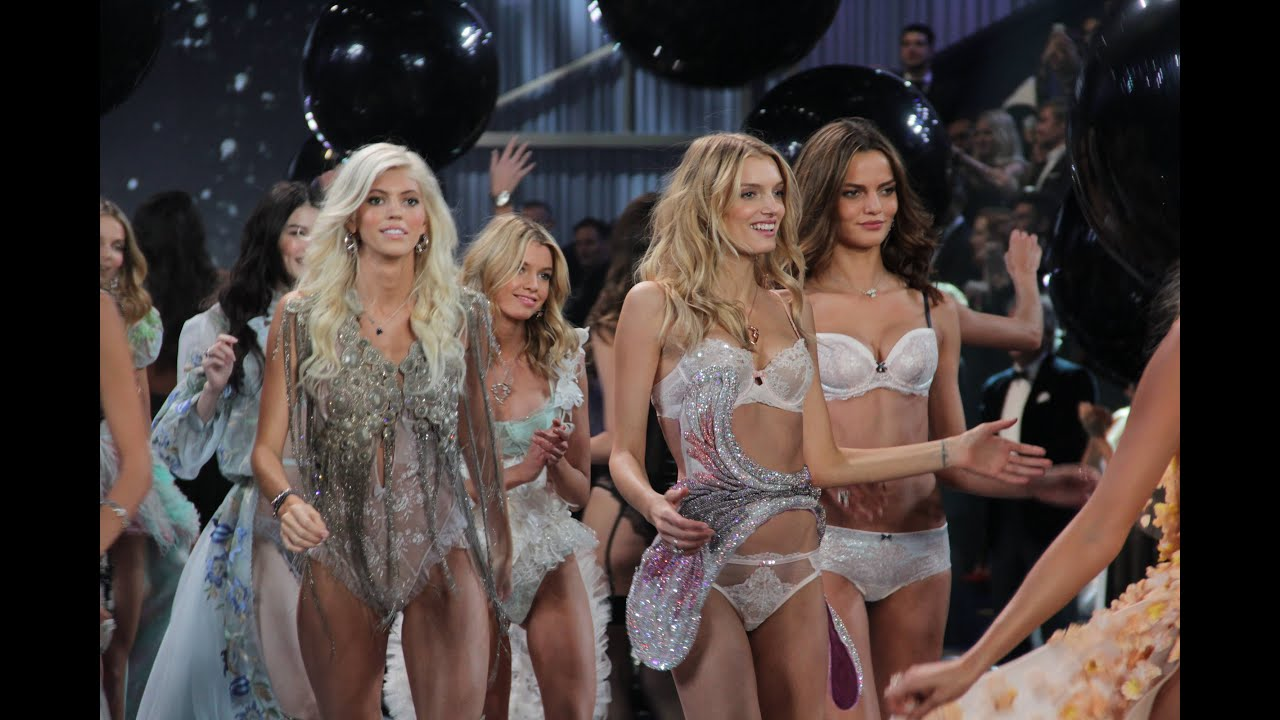 Fashion Show 2015 Victoria Secret VICTORIA S SECRET LIVE