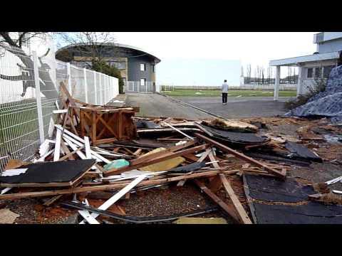 Gymnase Théophile De Viau dévasté par la tempète (4/7)