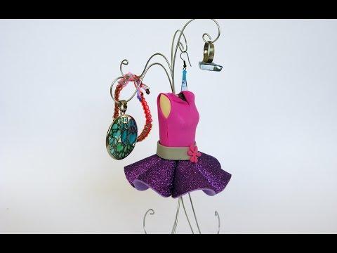 Manualidades maniqu porta joyas manualidades para for Como hacer un perchero de pared