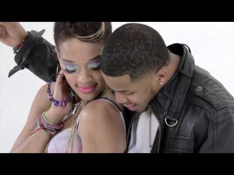 Rihanna - Birthday Cake (feat. Chris Brown) video