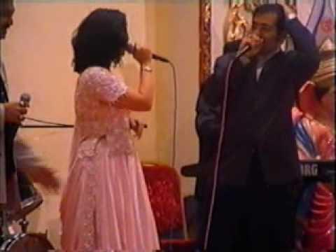 Sudesh Bhonsle-jumma Chumma Dede video