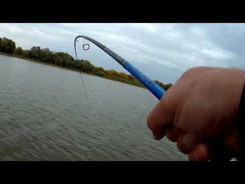 рыбалка на безынерционную катушку видео