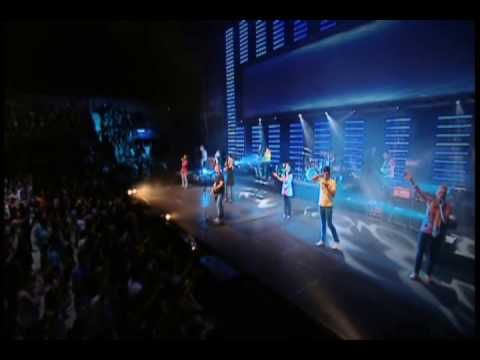 Planetshakers - Surrender
