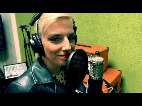 Bokor MaRIAnna - Shallow - Lady Gaga cover