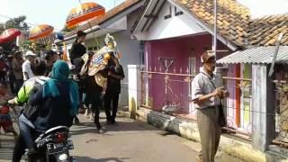 download lagu Kesenian Kuda Renggong Si Fajar Situraja Utara gratis