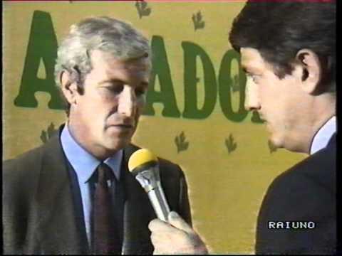 """Serie A 1990-91 3^ giornata. Pareggio in Romagna con reti di Roberto Baggio e Angelo Pierleoni. Filmato ed interviste dalla """"Domenica Sportiva"""" di Rai Uno."""
