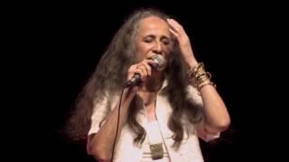 """Maria Bethânia - """"Saudade Dela/É Senhora/Batatinha Roxa/A Mão do Amor""""(Ao Vivo) – Amor Festa Devoção"""