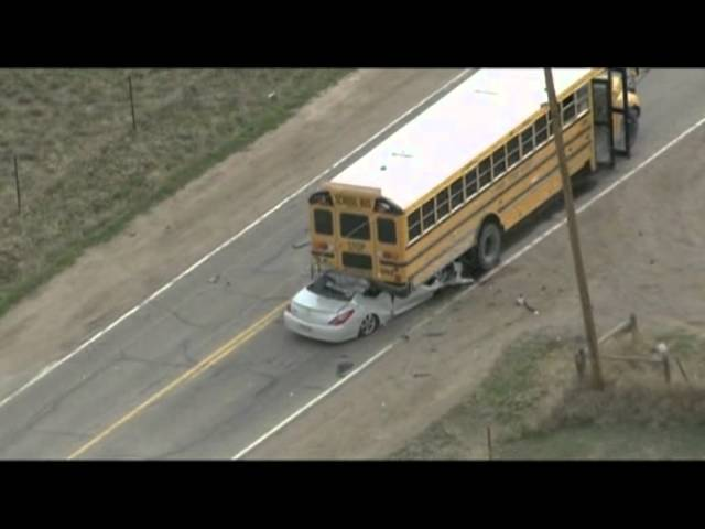 Raw: Students Hurt in Colo. School Bus Crash