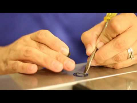 APQS Instructional: Bobbin Case Maintenance
