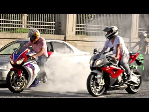 BMW S1000RR, Fireblade & SRAD Burnout, Wheelie and RL! 600RR Daytona R1 R6 ZX6R Hornet - Bikers 62