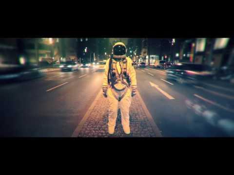 IOI feat. ZIV I Surrender (Mr G! & Critical Strikez Remix) retronew