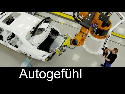 Future assembly technology at Daimler/Mercedes with Human-Robot Cooperation (HRC) Industrie 4.0