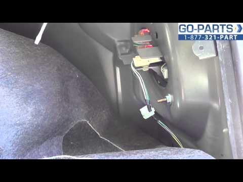 Replace 2003-2008 Toyota Corolla Tail Light / Bulb. How to Change Install 2004 2005 2006 2007