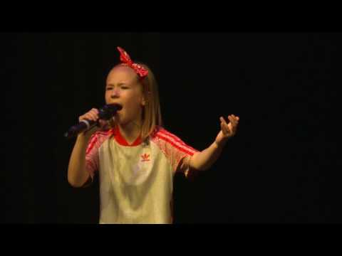 SOMEBODY TO LOVE - QUEEN performed by BROOKE BURKE at TeenStar Talent Competition Grand Final