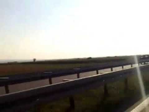 Dokaz da su žene lošiji vozači - Vožnja pogrešnom stranom na autoputu!
