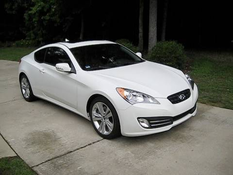 2010 Hyundai Genesis Coupe 3.8 Grand Touring Start Up, Exhaust, and In Depth Review
