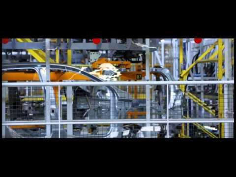 Les coulisses de la production de la nouvelle Peugeot 308
