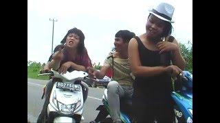Bujang Bermotor Kencang Quot Lagu Daerah Padang Guci Quot Vocal Erthan