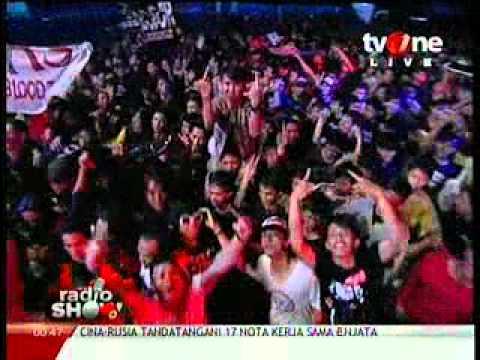 Pas Band - Kesepian Kita radioshow tvone 2012 06 06 00 43 22.mp4 video