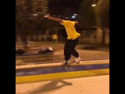 Style from @tiagolemoskt 📲: @fphot_ 💛 | Shralpin Skateboarding