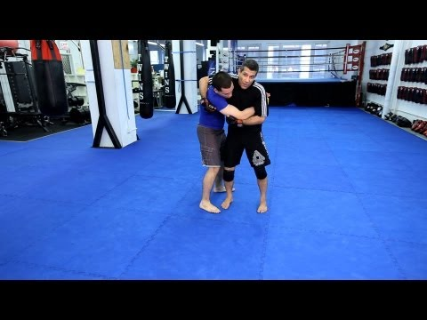 Hip Throw | MMA Fighting Techniques Image 1