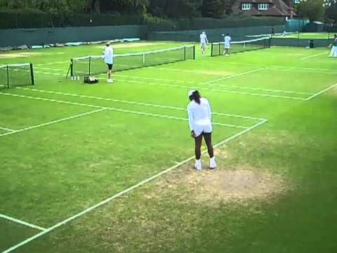 Ana Ivanovic, Serena Williams & Fran Schiavone in practise