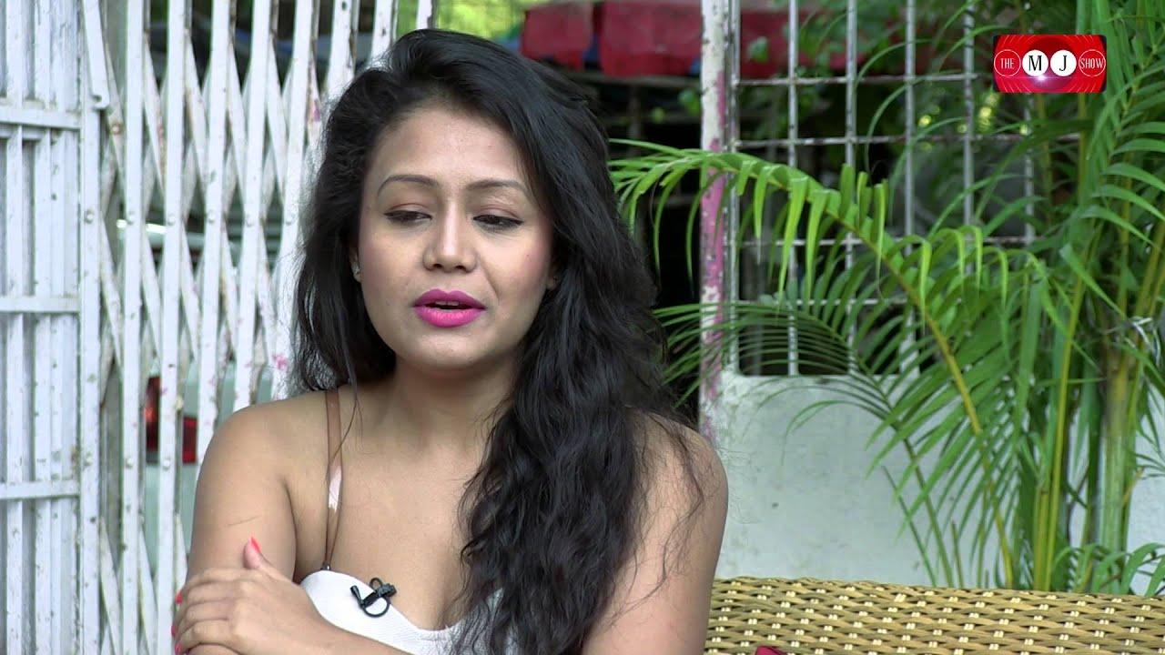 "Neha Kakkar || Sings ""Sunny Sunny Yaariyan"" Feat.Yo Yo Honey Singh ..."