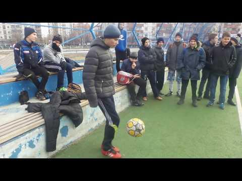 /// Рекорд Киева по набиванию мячом /Это надо видеть /Kyiv record for ball filling/