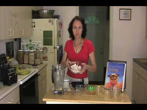 Rene Oswald--Raw Food Recipe--Fruity Irish Creme Pie