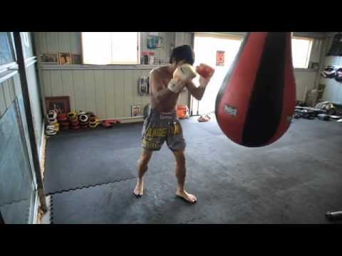 MUST SEE Muay Thai Bag Training tips - Don't use a bag until you follow these tips Image 1