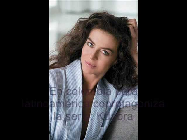 Agosto 8 /2011 Cumpleaños de Margarita Rosa de Francisco (Canción: La Bruja)