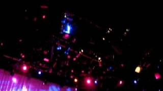 Watch Rickie Lee Jones Living It Up video