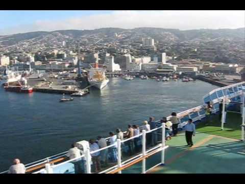 Valparaiso, Chile - Cruise ship