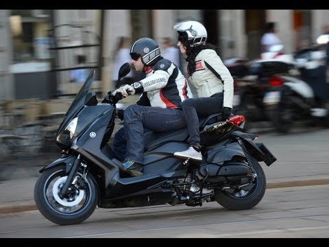Test-Video | YAMAHA X-MAX 400 | Roller Test 2013