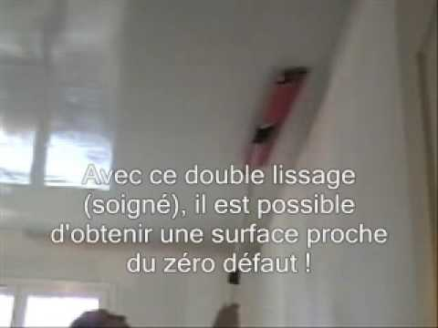 Demo technique enduit airless de lissage sur plafond for Enduit de rebouchage ou platre