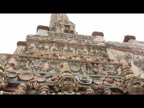 Wat Arun (Temple of the Dawn) in Bangkok