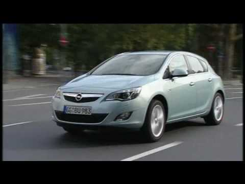 New Opel Astra 2010 Driving