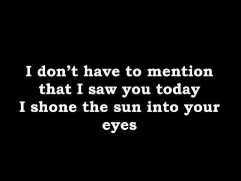 Light Up The Dark    Gabrielle Aplin (Lyrics)