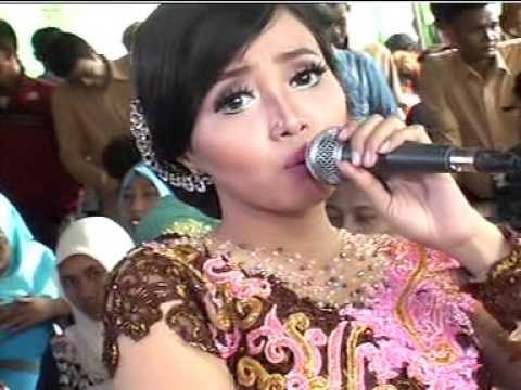 Indah Pada Waktunya Voc. Ajeng - AREVA MUSIC HOREEE Live Kampung Horeee