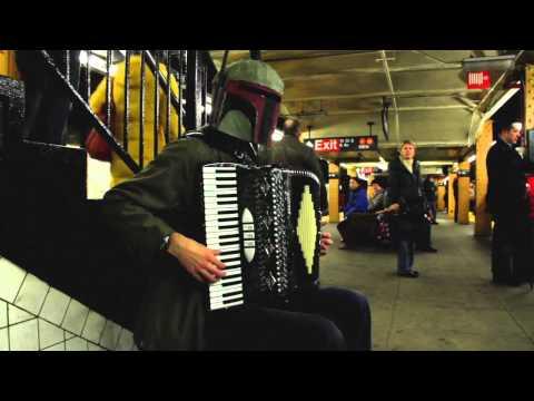 Boba Fett tocando el tema de Lost Woods con un acordeón