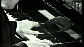 "Beethoven ""Moonlight Sonata"" (1 mvt.) by Claudio Arrau"