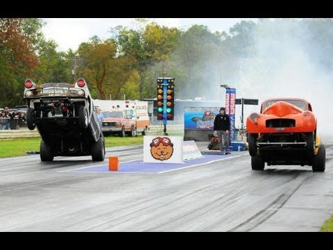 Jalopy Showdown Drags 2012 - Wheelie Contest!