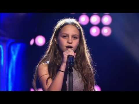 Resa – 'Nothing else matters | Blind Audition | The Voice Kids | VTM