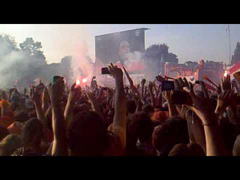 Dutch national anthem at Museumplein Amsterdam (Worldcup finals 2010 Netherlands - Spain)